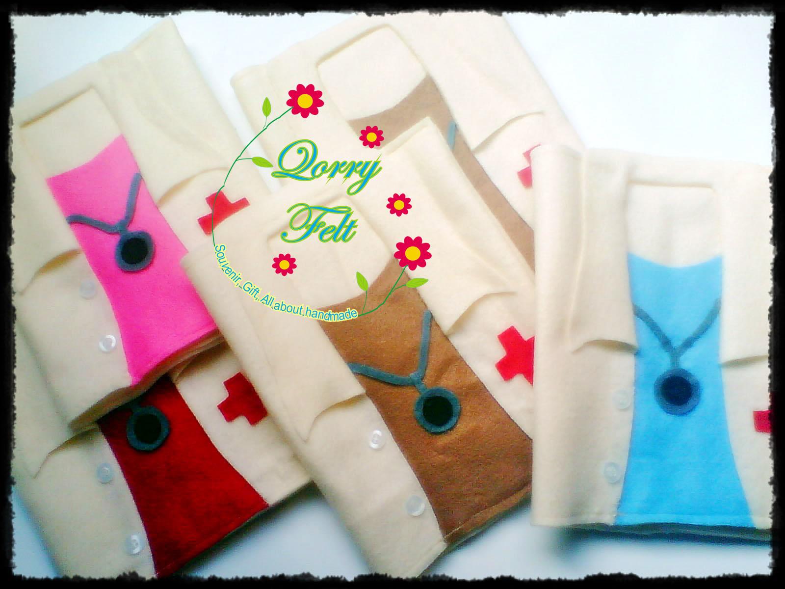 Souvenir pernikahan dokter bentuk jas dokter (Binder Cover)