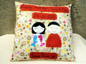 bantal happy wedding